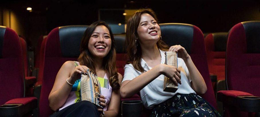Menjadi Orang yang Humoris dan menonton Bioskop di Batam