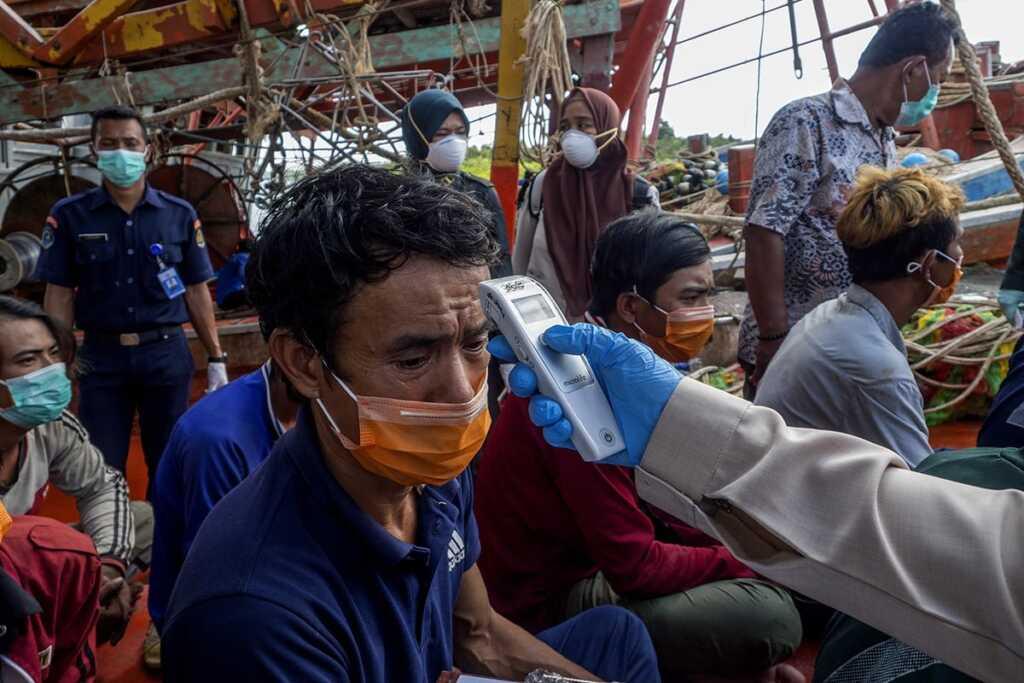 Nelayan Asal Vietnam Diperiksa Kesehatan