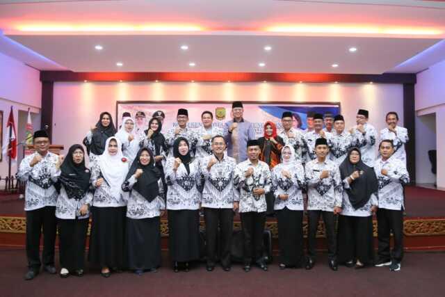 PGRI Kota Tanjungpinang Gelar Konferensi Ke-V