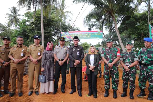 Walikota Tanjungpinang H. Syahrul, meninjau lokasi kegiatan TMMD