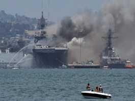Kapal Perang Meledak