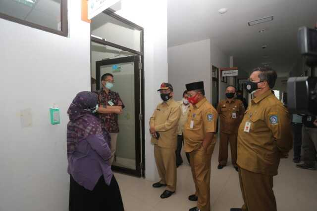 Sekda Arif Tinjau BTKL & RSKI Galang