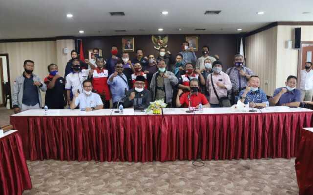 Jumaga Nadeak berjanji Teruskan Aspirasi Para Buruh ke Seluruh Fraksi