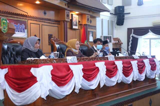 Plt Wali Kota Gelar Rapat Paripurna Pengantar Ranperda