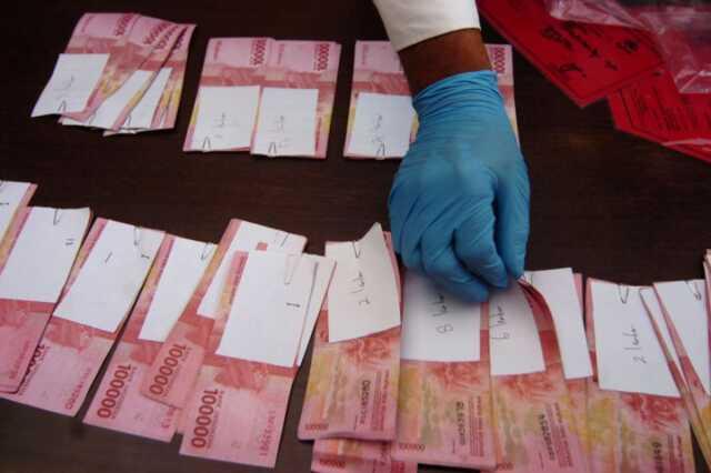 Uang Ghaib