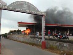Mobil Terbakar di Batam