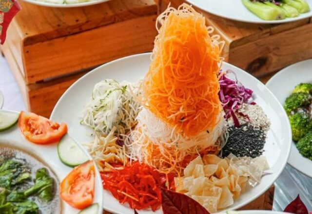 Yu Sheng Makanan Imlek