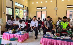 peserta Musrenbang ikut musyawarah