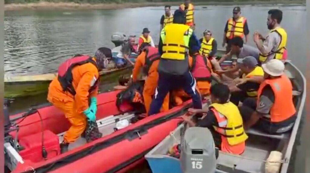 Evakuasi Jenazah Tenggelam