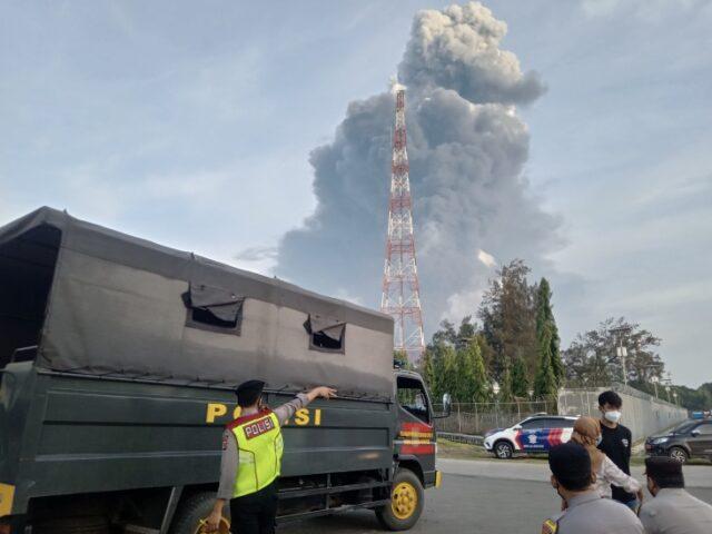 Kebakaran kilang pertamina