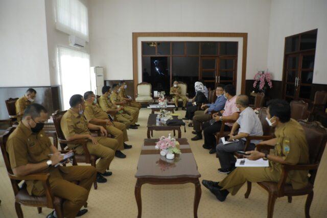 Bupati Surya Terima Kunjungan Tim Bapemperda DPRD Sumut