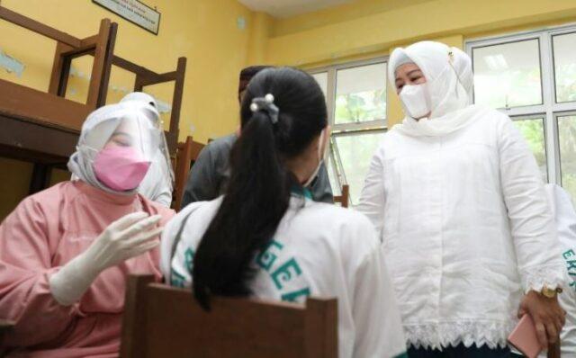 Vaksinasi Anak Remaja di Kepri