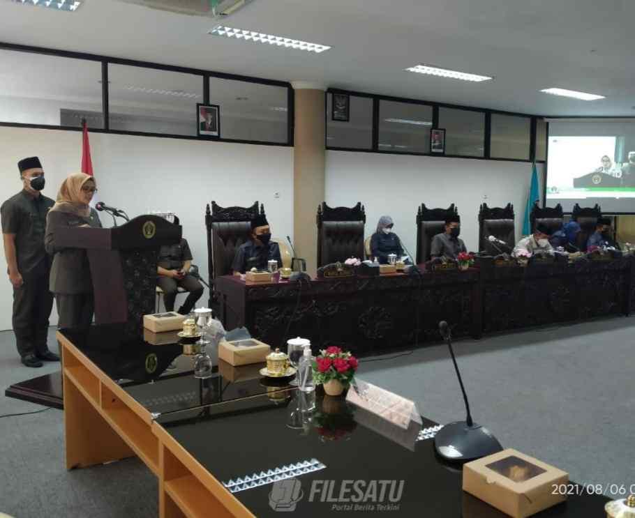 rapat paripurna DPRD Kabupaten Blitar