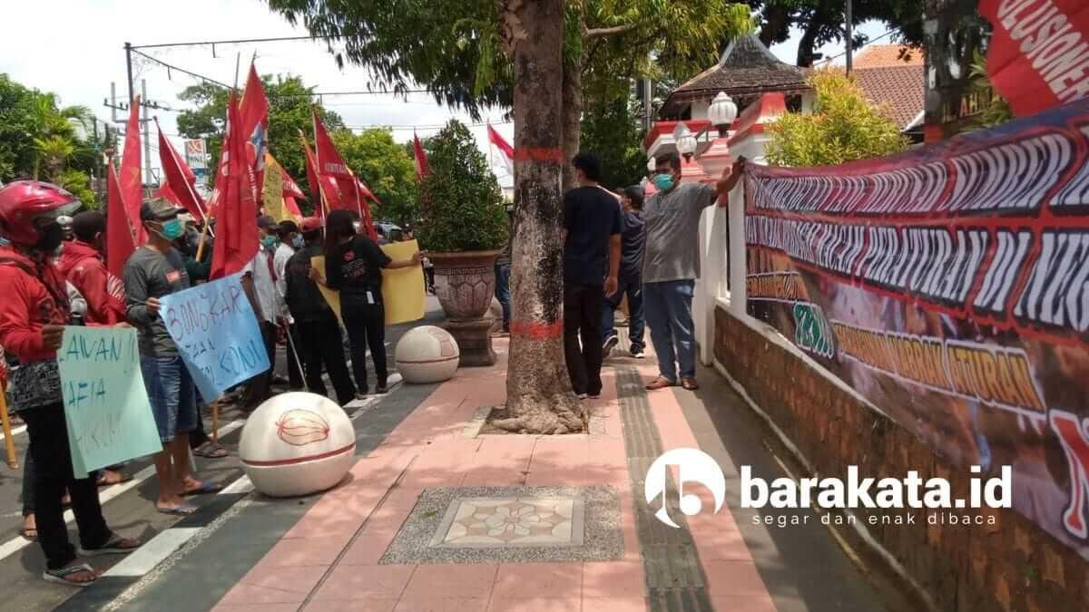 Demo LSM KRPK Kota Blitar