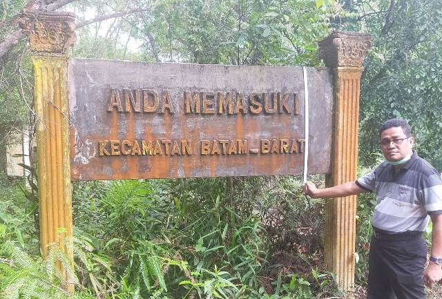 Tugu Batas Wilayah Batam