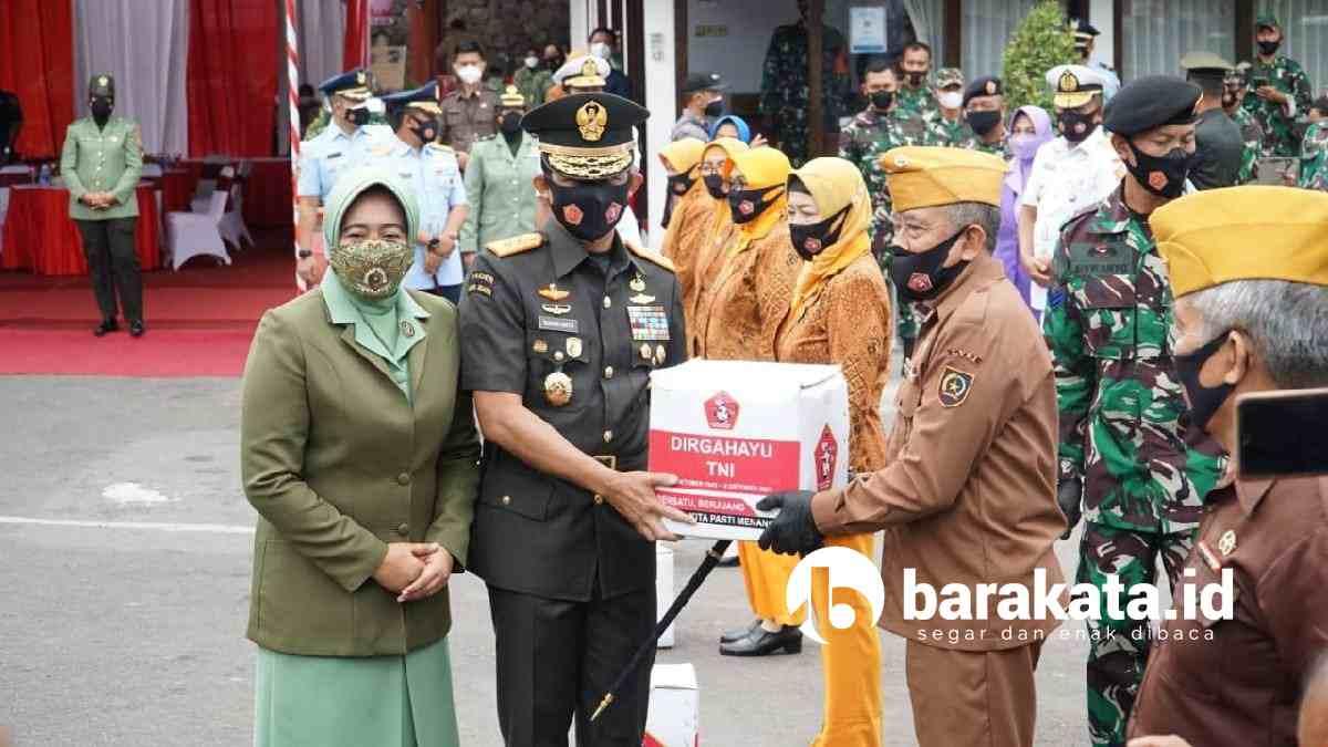 HUT TNI, Pandam V Brawijaya Surabaya beri bantuan