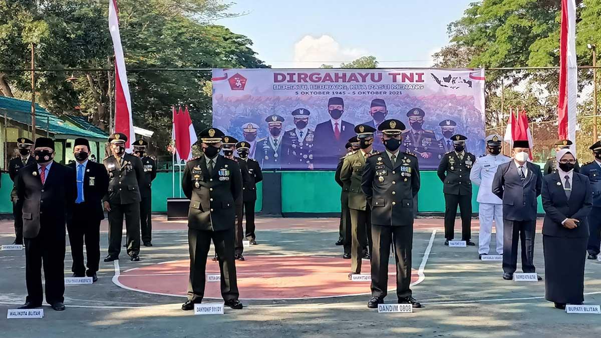 Seluruh Satuan TNI Blitar